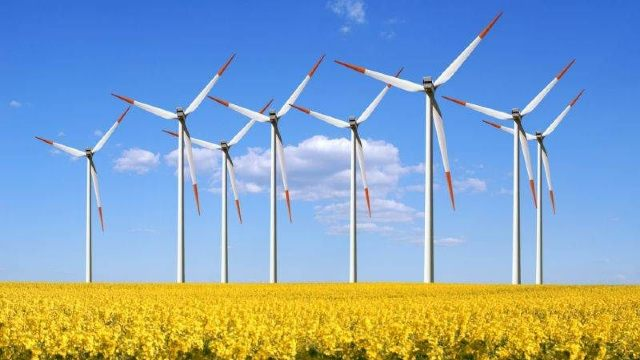 În România ar putea avea loc primele concerte din lume alimentate cu energie verde din sursă eoliană