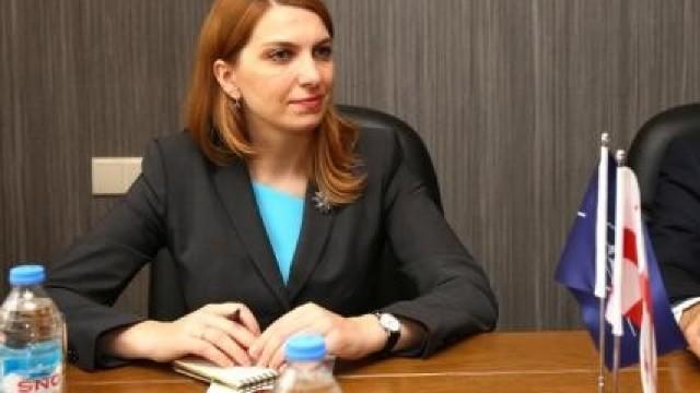 Șefa Oficiului NATO din Chișinău a fost acreditată de autorități