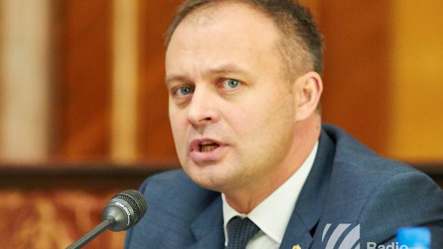 Andrian Candu nu exclude modificarea art.13 din Constituție, care se referă la limba de stat