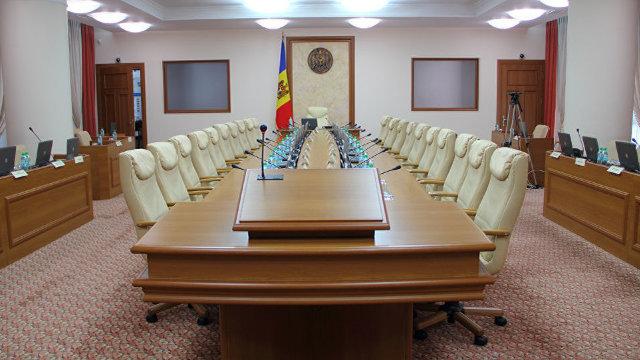 Sub semnul interimatului | Andrian Candu va semna astăzi decretul de numire în funcții a noilor miniștri