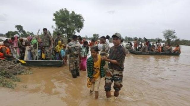 India - Numărul victimelor inundațiilor a crescut la 176