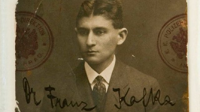 Cu 134 de ani în urmă s-a născut scriitorul ceh de limbă germană Franz Kafka