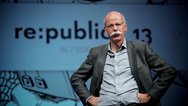 Directorul Mercedes-Benz anunță falimentul apropiat al industriei auto
