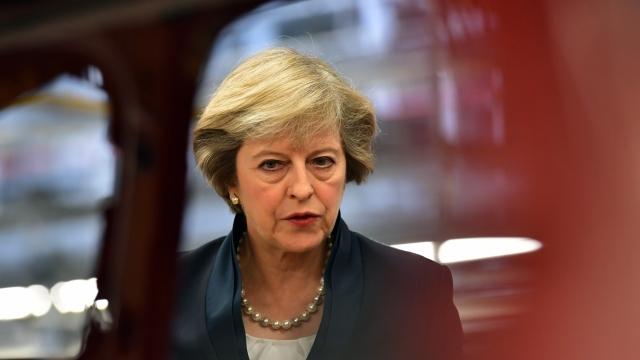 Marea Britanie | Premierul Theresa May ar fi fost ținta unui complot terorist dejucat