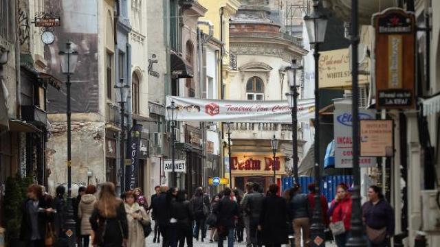 Populația României a scăzut cu 122.000 de persoane anul trecut
