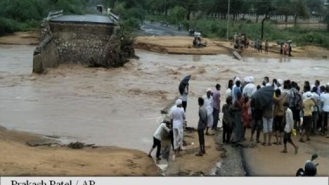 Iran | 11 morți și 2 persoane dispărute în urma inundațiilor