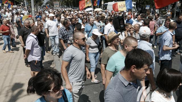 UE are de cucerit mintea, inima, dar și stomacul publicului moldovenesc (Revista presei)