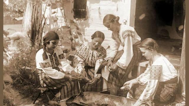 Maluri de Prut | Muzeul de Etnografie din Piatra Neamț-locul tradițiilorîncremenite în timp