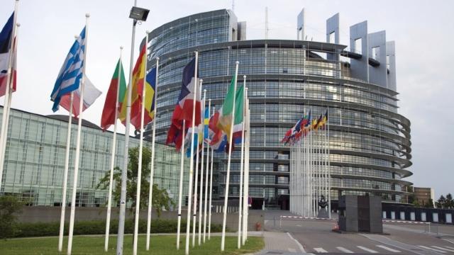DOC |  Parlamentarii europeni dezbat, astăzi, proiectul unui raport privind Parteneriatul Estic