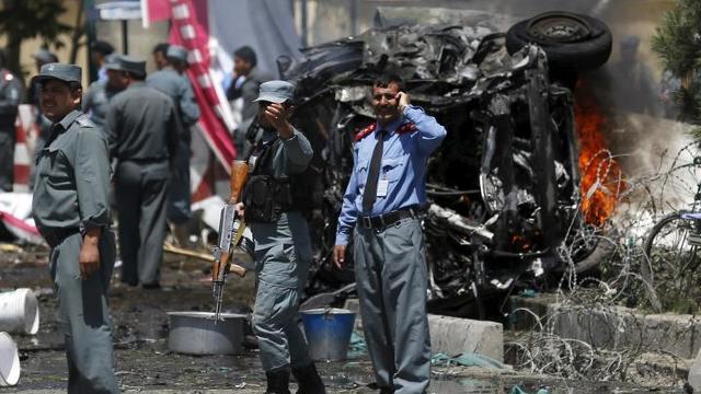 Atentat sinucigaş lângă un stadion din Kabul | Cel puţin trei morţi şi cinci răniţi