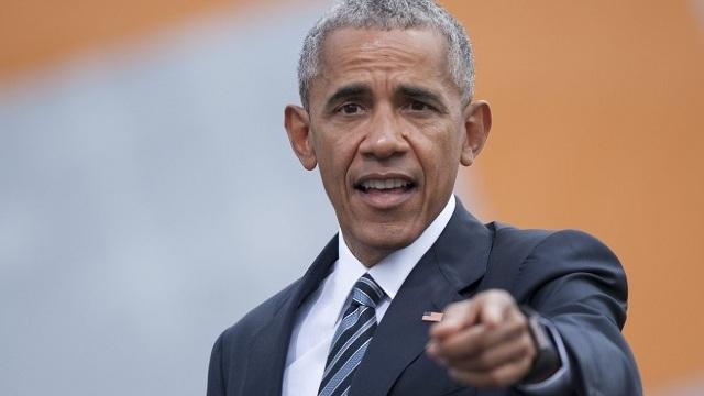 Barack Obama face bani pe Wall Street fructificându-şi experienţa, la mai puţin de un an după Casa Albă