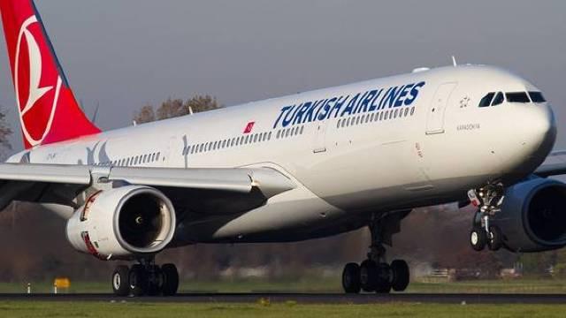 Turkish Airlines scoate bani din piatră seacă. Singura companie internațională care zboară în Somalia