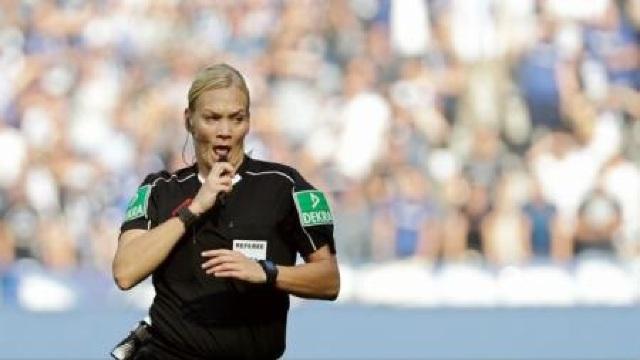 Prima femeie arbitru din Bundesliga, apreciată pentru prestația din meciul de debut