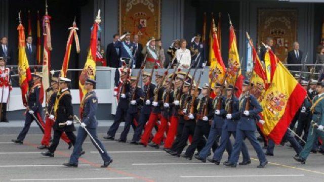 Spania îşi serbează Ziua Naţională pe fondul crizei politice generate de Catalonia