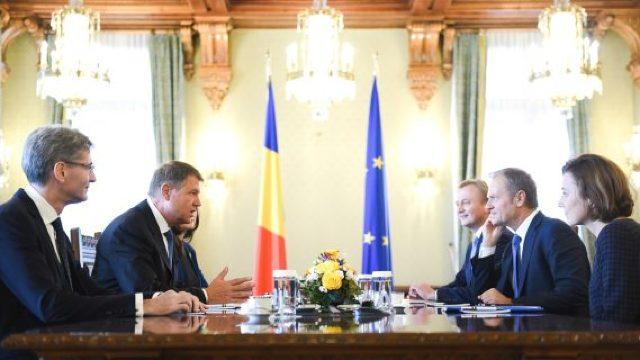 Klaus Iohannis și Donald Tusk au început pregătirile privind summitul extraordinar al UE de la Sibiu