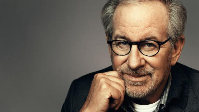 Primul serial original Apple va fi produs de Steven Spielberg