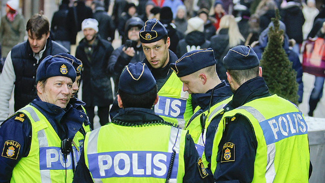 Patru răniți într-un incident armat în sudul Suediei