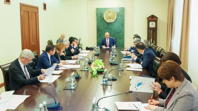 Guvernul a sesizat din nou Curtea Constituțională cu privire la suspendarea lui Igor Dodon