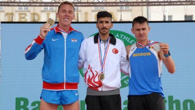 Maxim Răileanu a cucerit argintul la campionatul balcanic de maraton