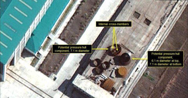 Coreea de Nord construiește un submarin pentru a-și transporta rachetele balistice