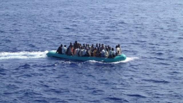 Aproape 450 de migranți au fost salvați în largul coastelor Libiei