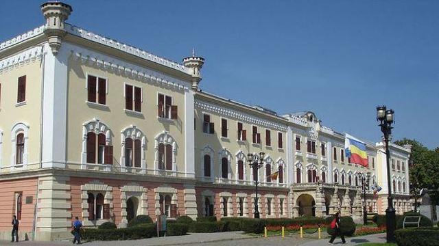 """Muzeul Naţional al Unirii din Alba Iulia """"readuce la viaţă"""" zece personalităţi marcante ale istoriei Marii Uniri"""