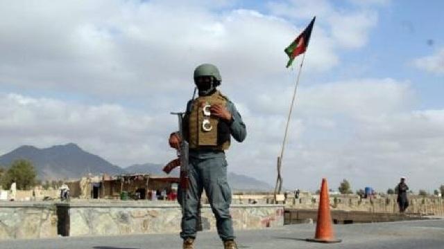 Peste 30 de polițiști și militari uciși în mai multe atacuri în Afganistan