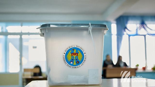 Alegerile parlamentare vor domina agenda publică a țării pe parcursul lui 2018 (Revista presei)