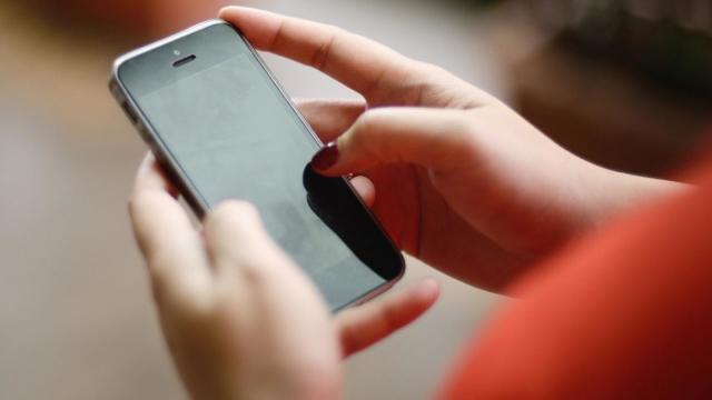 Aplicaţie pentru mobil, care reduce emoţiile negative, creată de psihologii români