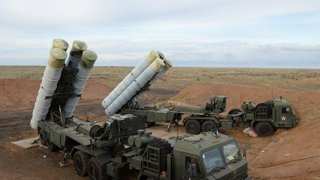 Rusia desfășoară o nouă unitate de sisteme antiaeriene S-400 în Crimeea