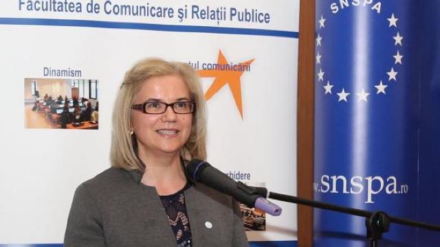 """O româncă, printre experții Uniunii Europene în combaterea """"fake news"""""""