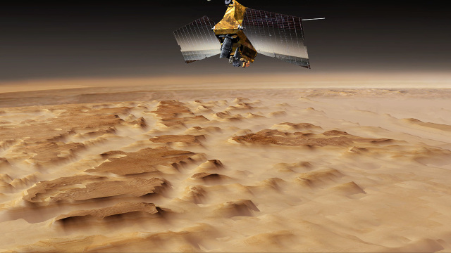 O sondă spaţială a NASA a descoperit depozite de gheaţă sub suprafaţa planetei Marte