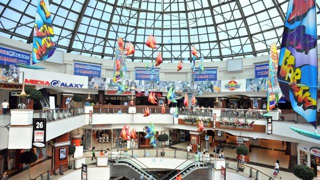 București, atracție de shopping inclusiv pentru cetățenii Republicii Moldova, în ianuarie