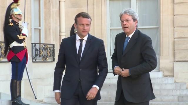 Emmanuel Macron a discutat la Roma cu premierul italian