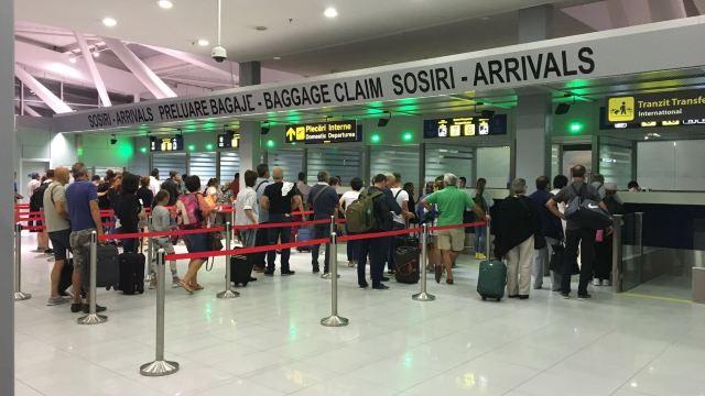 Număr record de pasageri pe aeroporturile din Bucureşti în 2017