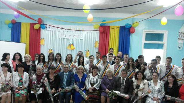 INFOGRAFIC | Elevii din Transnistria au făcut, în 12 ani de școală, calea cât din Vladivostok până în Mozambic