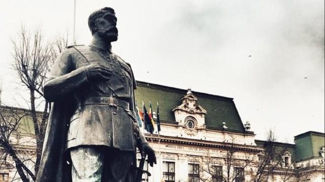 2018 – Centenarul Unirii   Regele Ferdinand Întregitorul se întoarce la Chișinău. Un monument, de la Iași