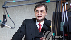 Iulian Chifu | PDM și Vladimir Plahotniuc nu s-au implicat în negocierile pentru guvernare, expunându-i pe ceilalți unor greșeli și așteptând să culeagă rezultatele acestora (Revista presei)