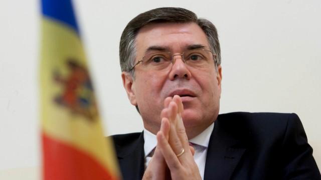 """Fost ambasador AVERTIZEAZĂ: Chișinăul nu trebuie să admită negocieri """"pe picior de egalitate"""" cu Tiraspolul"""