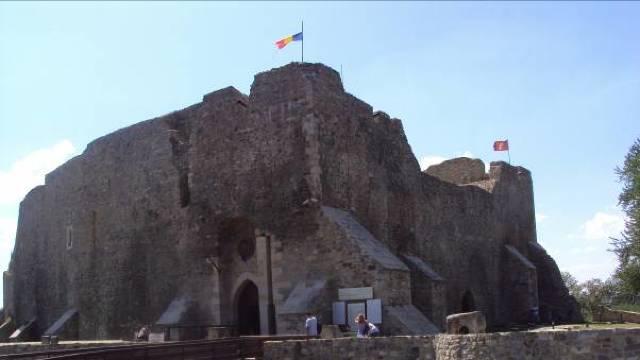 DOCUMENTAR   Cetatea Neamţului – reper cultural şi istoric, tărâm al legendelor, cu trădări şi execuții sângeroase