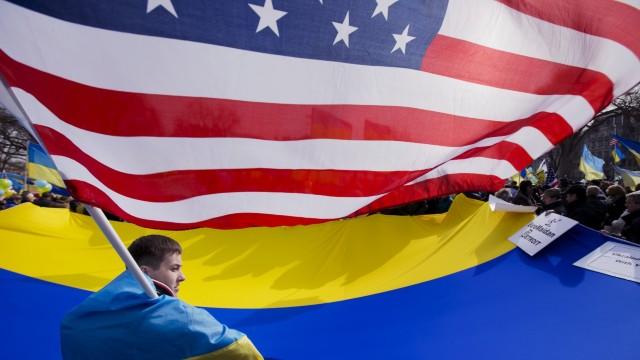 SUA trimit în Ucraina consilieri pentru politici strategice şi de securitate cibernetică