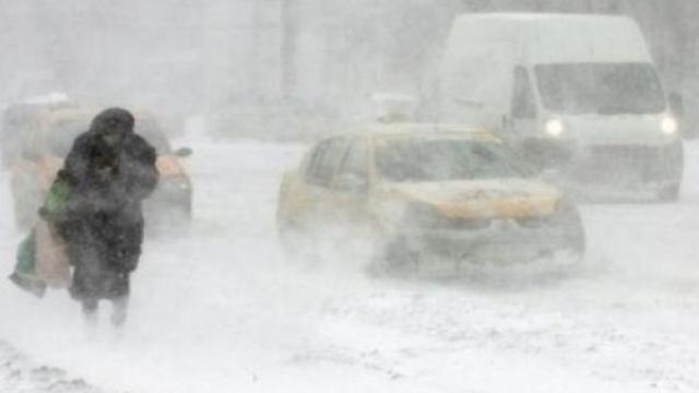 Avertizare METEO | Ninsoare, ploaie și vânt puternic până duminică, pe teritoriul României