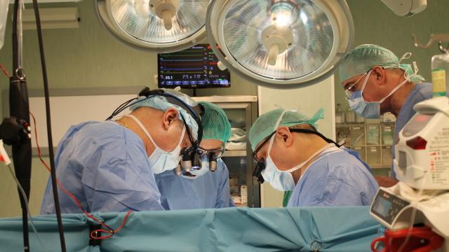Primul pacient cu transplant pulmonar efectuat în România a fost externat
