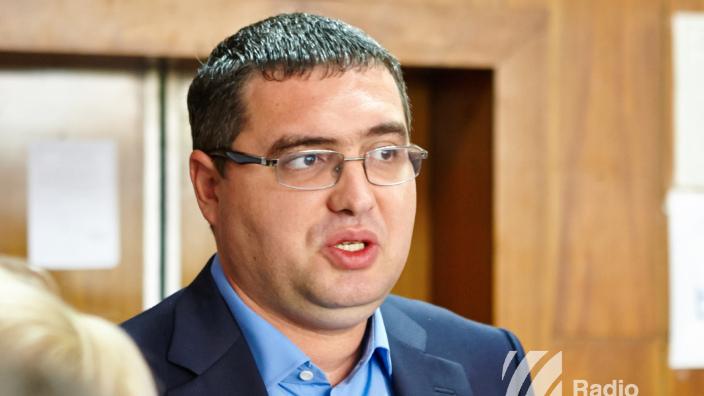 Judecătoria Chișinău a menținut decizia de arest pe numele lui Renato Usatîi