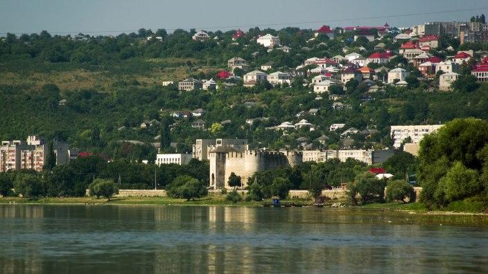 Maluri de Prut | La 630 de ani de la prima atestare documentară, Suceava se înfrățește cu Soroca. Două orașe-cetăți cu legături istorice profunde