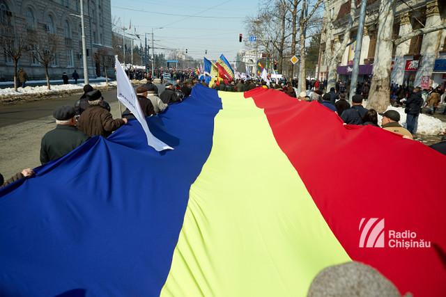 GALERIE FOTO | Marea Adunare Centenară de la Chișinău - mii de oameni au votat proclamația pentru UNIRE