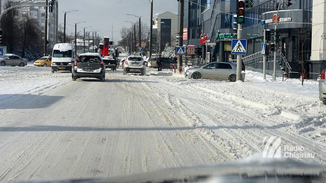 FOTO | Republica Moldova se află sub cod galben de ninsori și vreme rece