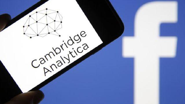 """Ce este aplicația """"This is Your Digital Life"""", testul de personalitate care colecta datele de pe Facebook"""