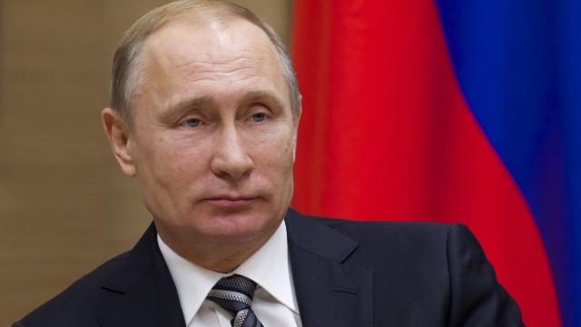 Susținători ai opozantului rus, Aleksei Navalnîi, reţinuţi înainte de învestirea lui Vladimir Putin