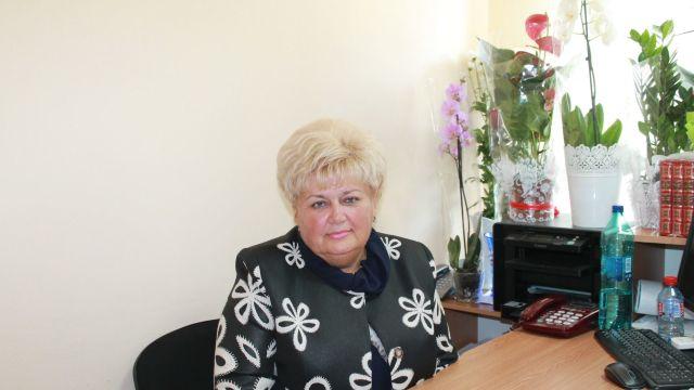 """Judecătorii vor decide dacă Reghina Apostolova, candidata Partidului """"Șor"""", ar trebui exclusă din cursa electorală"""